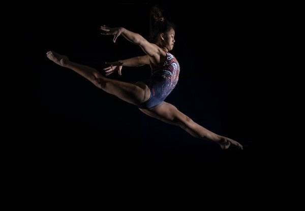 Father's injury weighs on her, but South St. Paul gymnast Suni Lee stays on course for Olympics