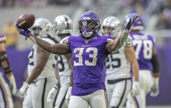 Listen: Vikings enter Soldier Field with plenty to prove