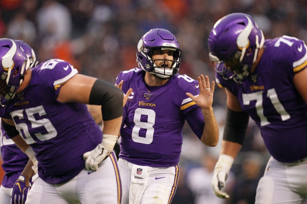 Vikings quarterback Kirk Cousins made some good throws Sunday but hesitated on others, according to his coach.
