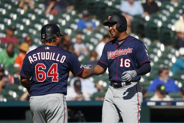Jonathan Schoop celebrated his two-run home run with Willians Astudillo on Thursday.
