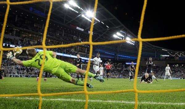 Hassani Dotson of Minnesota United shot the ball past Sporting Kansas City Adrian Zendejas for the game-winning goal.