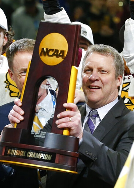Minnesota Duluth coach Scott Sandelin got his hands on a third NCAA championship trophy last season, and he'll try for a fourth – and third straig