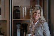 "Renae Keller in her new home in Burnsville . ] Jerry Holt • Jerry.holt@startribune.com Reveal of interior designer Renae Keller's newly-built ""timel"