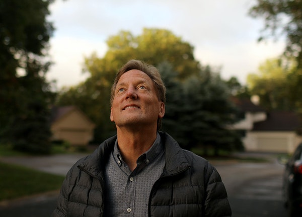 Ted Gladhill, of Eagan, said he's seen 1,000 planes fly over his home in a month and 92 in a single day.
