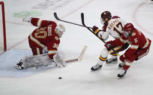 Minnesota Duluth defeated Denver 3-0 in the 2019 NCHC tournament semifinals at Xcel Energy Center.