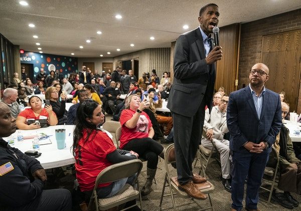 """""""What I hear you tell me is that we need a new approach,"""" St. Paul Mayor Melvin Carter told an overflow crowd Thursday night at a community forum"""
