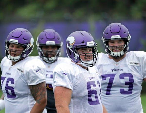 Vikings place center Jones on injured reserve, promote tackle Collins
