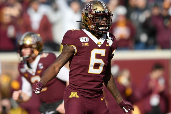 Gophers rise to No. 7 in AP college football poll, highest since 1962