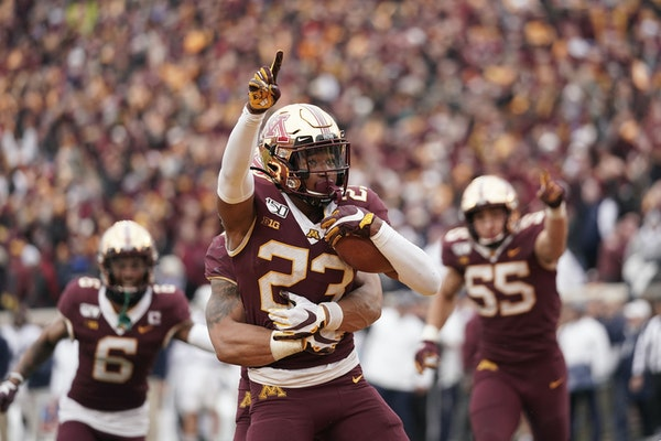 Gophers defensive back Jordan Howden intercepted what would have been a touchdown pass intended for Penn State wide receiver KJ Hamler late in the fou