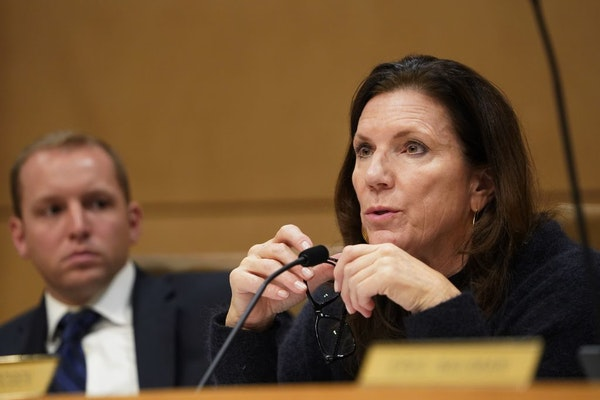 State Sen. Julie Rosen led a hearing Wednesday over the leadership at the Minnesota Department of Human Services (DHS) for its mismanagement of financ
