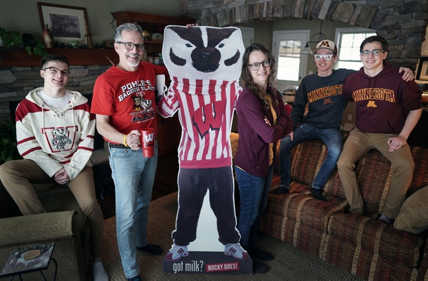The O'Connor family is split when it comes to who to cheer for during Gopher/Badger game this weekend. Kyle, 19 and Dad Kevin are die-hard Badger fans