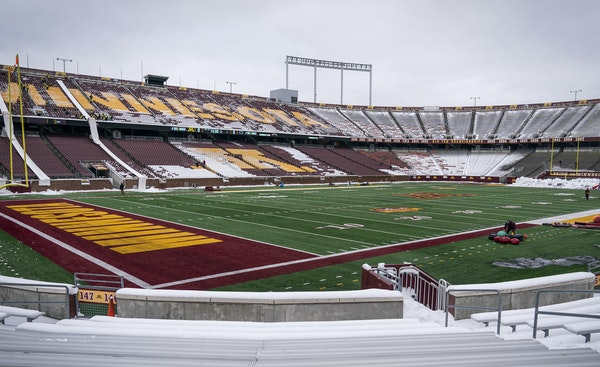 It took a movement involving a major college's leaders and dozens of Minnesotans on Wednesday to clear the snow from TCF Bank Stadium and prepare it