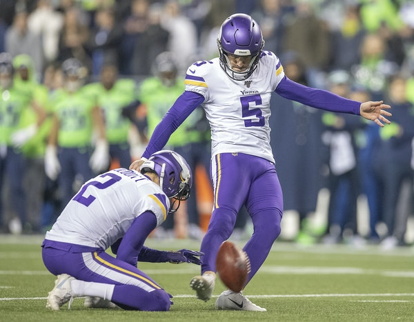 Despite missed extra point, Zimmer not concerned about kicker Bailey