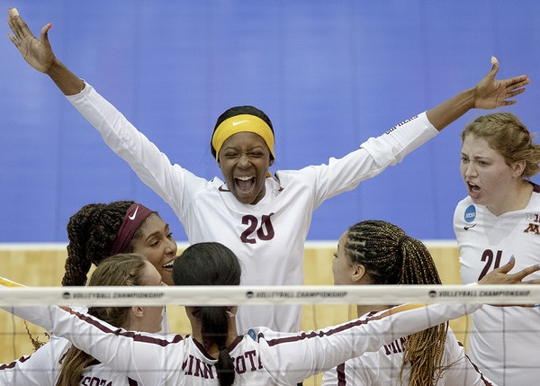 Adanna Rollins and her Gophers teammates celebrated a block vs. Louisville in the championship match last Saturday of the Austin (Texas) Region.