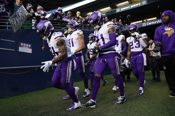 Vikings running back Ameer Abdullah (31) took the field ahead of Monday night's game against the Seahawks in Seattle.