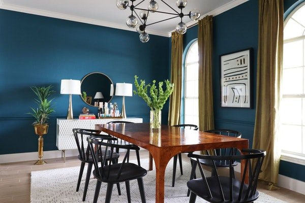 Dining rooms with personality are trending in 2020.