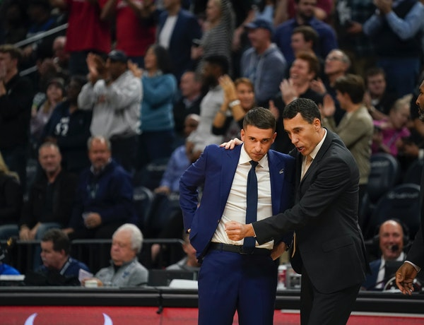 Wolves coaches Ryan Saunders, left, and Pablo Prigioni preach a system that calls for players to make decisions within a half-second.