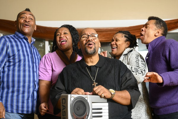From left, siblings Fred, Jearlyn, Billy, Jevetta and J.D. Steele sang at Jevetta's Golden Valley home.