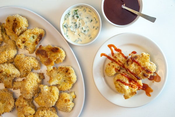 """Maple-Barbecue Cauliflower 'Wings"""""""