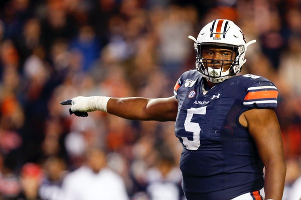 Auburn star Brown had no doubt about playing in Outback Bowl