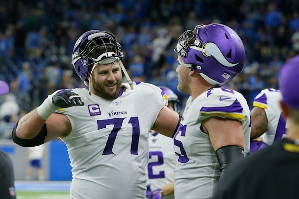 Podcast: Left tackle Riley Reiff, Vikings approach crossroads