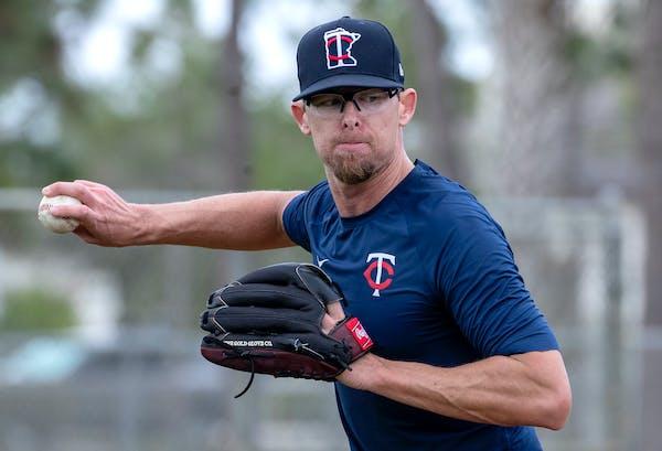 Twins pitcher Tyler Clippard