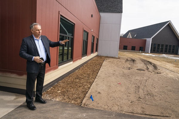 Dave Hartford, the COO and administrator of Cambia Hills, led a tour of the grounds.
