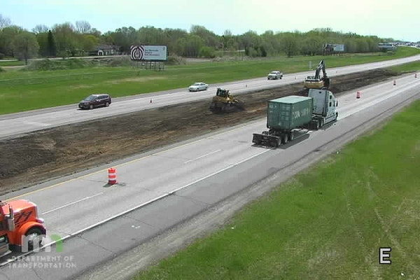 Motorists found single lane traffic Thursday May 7 on I-94 just west of Monticello, Minn. The freeway is intermittently reduced to one in both directi