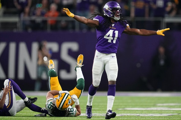 Vikings safety Anthony Harris (41) wrote on social media Sunday that he will return; the Vikings placed a franchise tag on him to prevent him from bec
