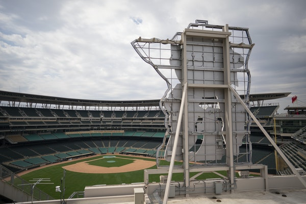 Before the Twins play their games at an empty Target Field — or any empty ballpark — there figures to be a battle between owners and the MLBPA ove