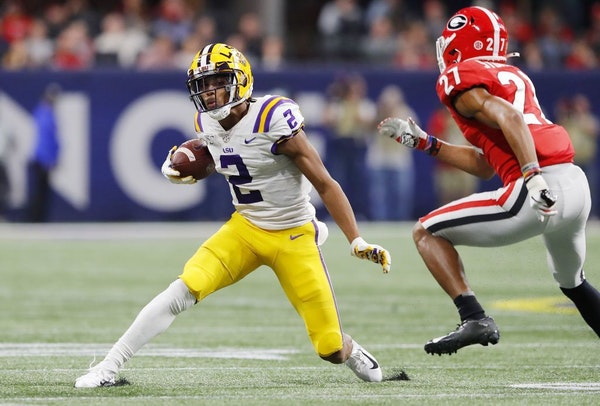LSU wide receiver Justin Jefferson (2) makes a move during the SEC Championship game against Georgia.