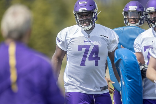 Oli Udoh is a candidate to work into the Vikings offensive line rotation.