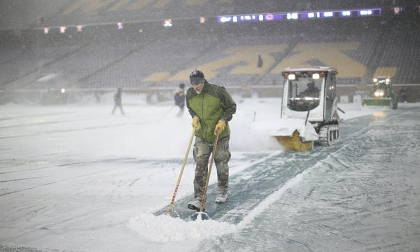 Snow removal can be a late-season task at TCF Bank Stadium. Move Gophers football season to the spring, and those fickle March snowstorms can affect t