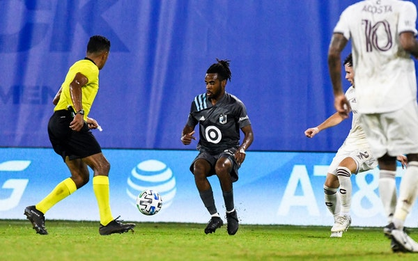 Raheem Edwards went after the ball during Wednesday's match vs. Colorado.