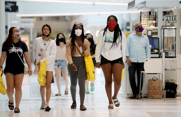 Most shoppers wore face masks when the MOA opened last month, but last weekend some Minnesotans challenged the recent state mask mandate.