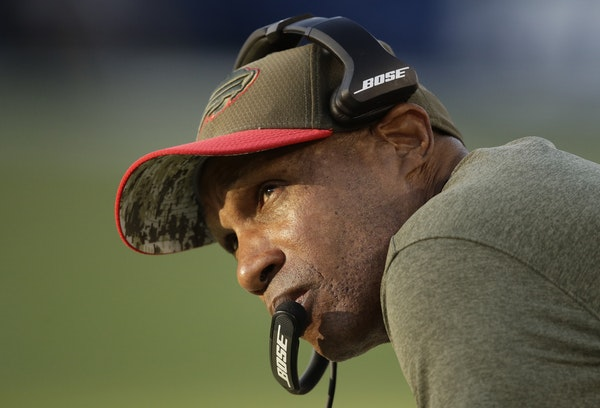 Assistant head coach Leslie Frazier directed a Buffalo defense that ranked second in the NFL in scoring defense in 2019. His last Vikings team, which