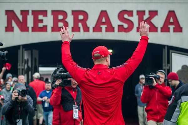Big Ten reaction: Nebraska outrage, Wisconsin wisdom, Lou Holtz brings up D-Day