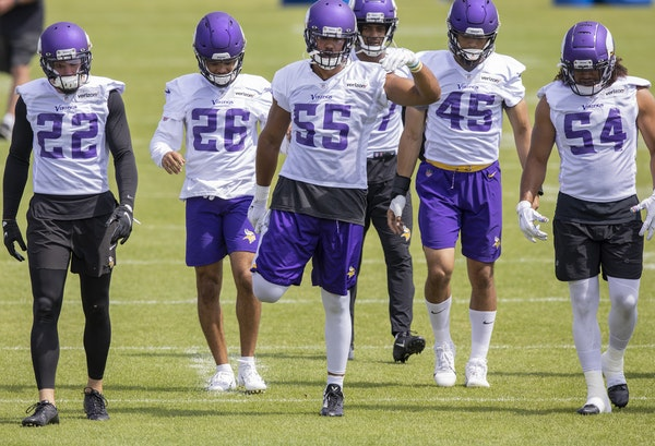Most of the Vikings' defensive standouts, including Harrison Smith (22) and Anthony Barr (55) are quiet, but Eric Kendricks (54) is more vocal than
