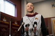 Reusse's mailbag: 'Why do you hate Coach Fleck so much?'