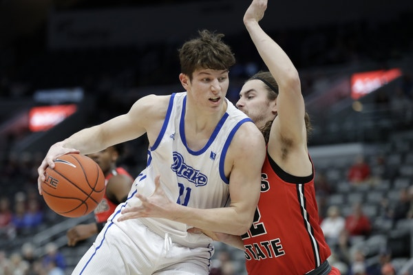 Liam Robbins competed with Drake through the Missouri Valley Conference tournament in March.