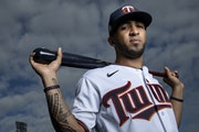Rosario's way: Swing first, ask questions later
