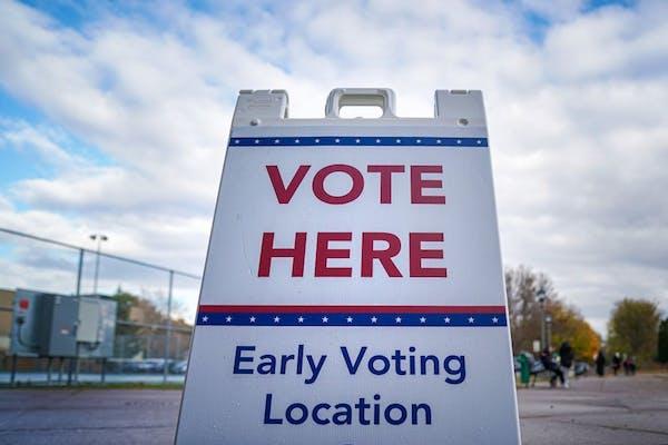 Early voting at Martin Luther King Rec Center, 271 Mackubin St, Saint Paul, Minnesota.