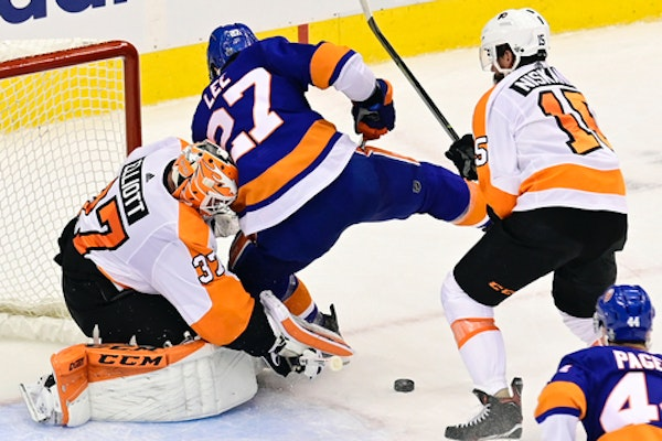 College hockey and Minnesota were well-represented in this frame during the Eastern Conference semifinals when Flyers defenseman Matt Niskanen (Virgin