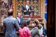 Sen. Patricia Torres Ray, DFL-Minneapolis talked with Senate Minority Leader Susan Kent, DFL-Woodbury as Senate President Jeremy Miller, R-Winona prep