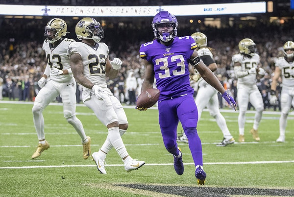 Dalvin Cook during the Vikings' playoff win in New Orleans last season.
