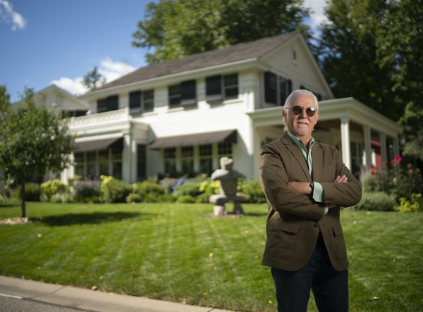 Retired WCCO anchor Don Shelby and his wife, Barbara, built their dream home to be highly energy-efficient and sustainable, while also blending in wit