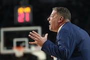 Auburn head coach Bruce Pearl