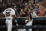 Byron Buxton(25) comes in to score in the 5th inning giving the Twins a 3-0 lead.