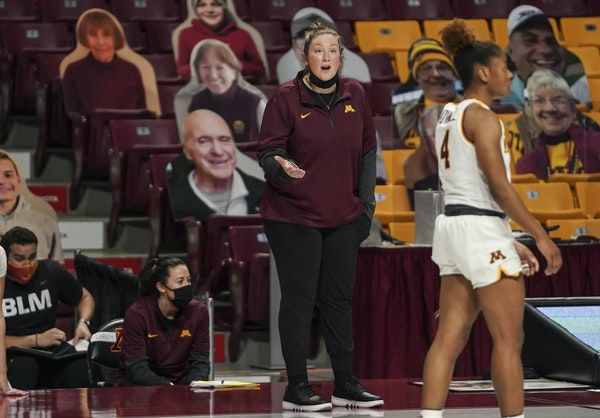 Minnesota Gophers head coach Lindsay Whalen in the first half. ] RENEE JONES SCHNEIDER renee.jones@startribune.com University of Minnesota Gophers wom
