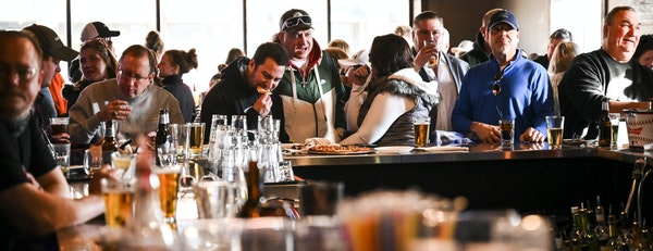 Alibi Drinkery in Lakeville has been packed with patrons since Dec. 31, when it again illegally opened in defiance of orders.